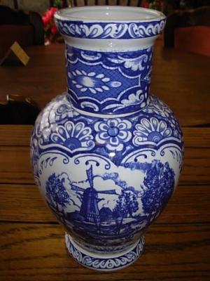 č.1305 porcelánová váza DELFT