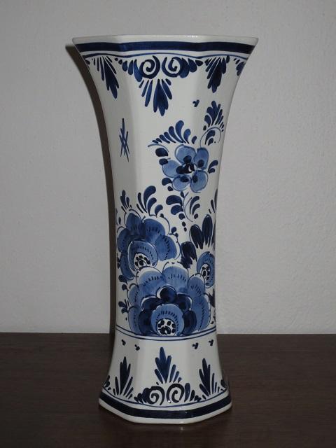 č.617 porcelánová váza DELFT