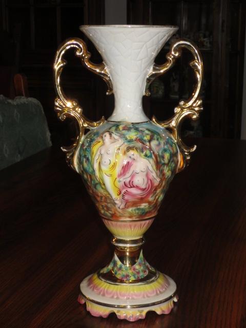 č.1220 váza CAPODIMONTE