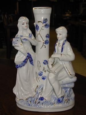 č.828 porcelánové sousoší