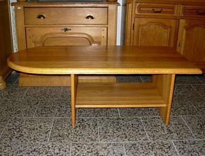 č.1606 konferenční stůl 124x63 cm