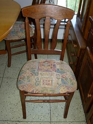 č.461 židle čalouněná