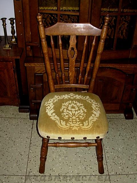 č.600 židle čalouněná
