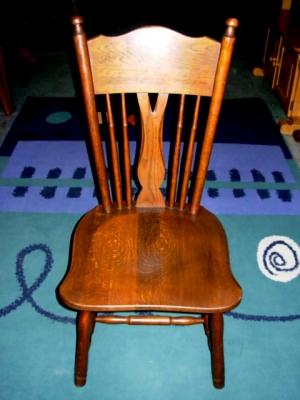 č.2506 židle masiv dub