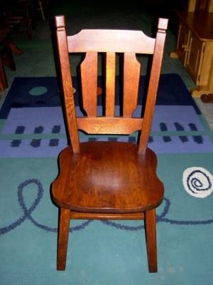 č.2518 židle masiv dub