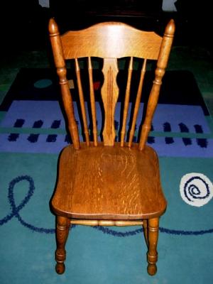 č.2526 židle masiv dub