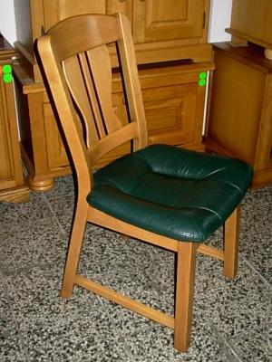 č.20 židle kožená