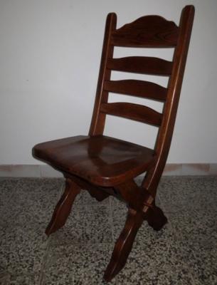 č.1828 židle masiv dub