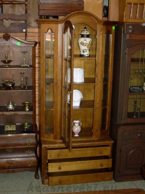 č.306 vitrína