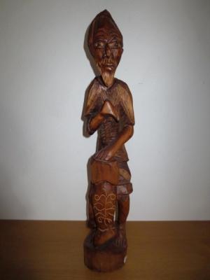 č.1358 postava dřevěná