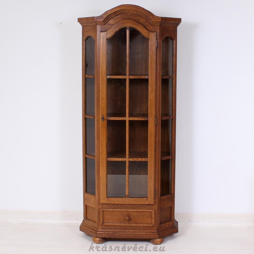 č.1306 vitrína