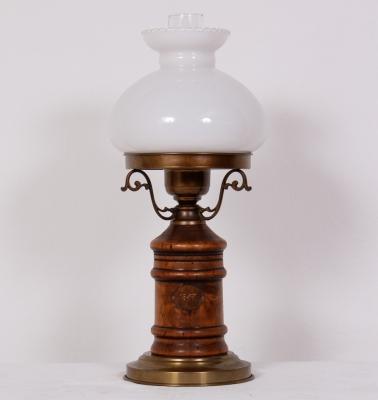 č.1879, lampa stolní