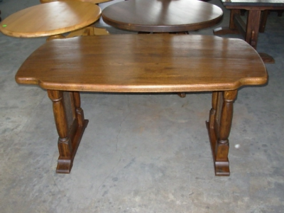 č.2635 zajímavý kuchyňský stůl 160x96 cm