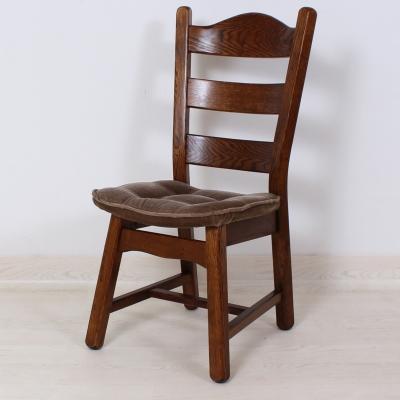č.672  židle čalouněná